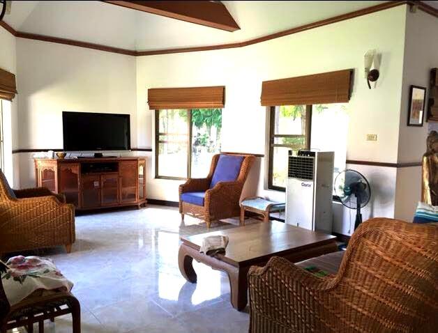 บ้าน-สำหรับ-ขาย-มาบประชัน--mapprachan-lake 20170801161020.jpg