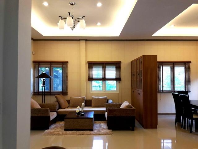 บ้าน-สำหรับ-ขาย-พัทยาฝั่งถนนสุขุมวิท-east-pattaya 20171117173422.jpg