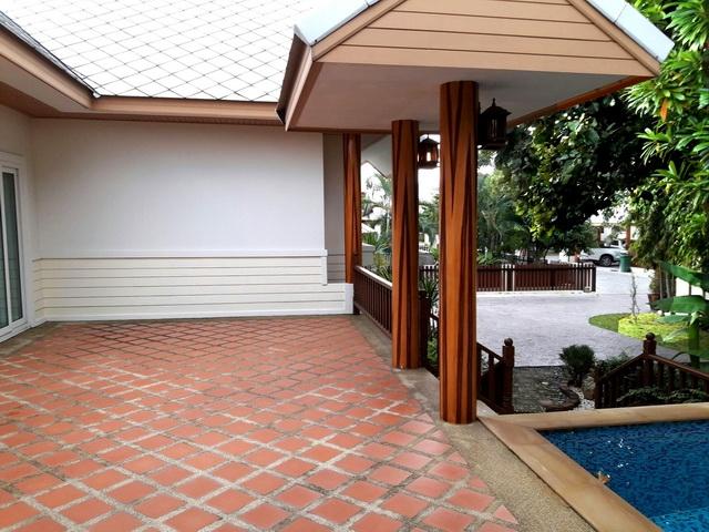 บ้าน-สำหรับ-ขาย-พัทยาฝั่งถนนสุขุมวิท-east-pattaya 20171117173427.jpg