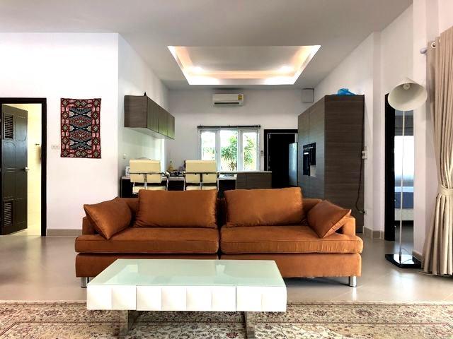บ้าน-สำหรับ-ขาย-นาจอมเทียน--na-jomtien 20181003153412.jpg