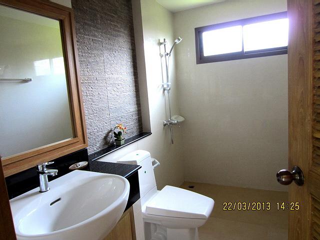 บ้าน-สำหรับ-ขาย- 20130324125335.jpg