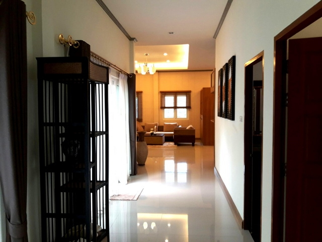 บ้าน-สำหรับ-ขาย-พัทยาฝั่งถนนสุขุมวิท-east-pattaya 20171117173350.jpg
