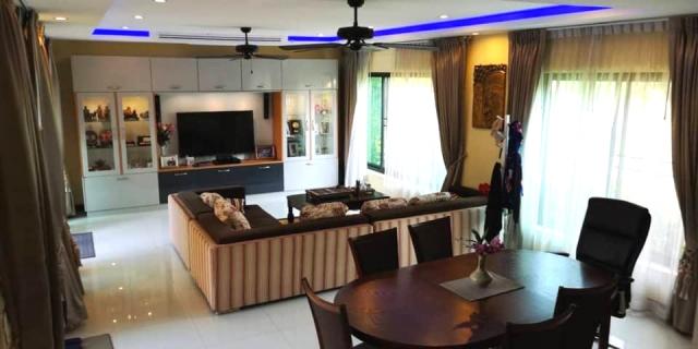 บ้าน-สำหรับ-ขาย-นาจอมเทียน--na-jomtien 20200630132637.jpg