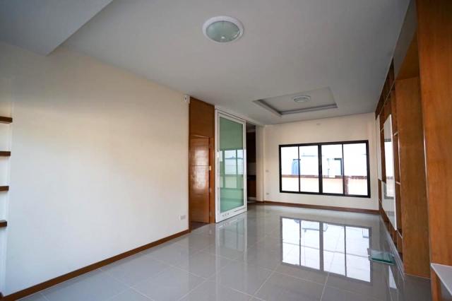 บ้าน-สำหรับ-ขาย-พัทยาฝั่งตะวันออก-east-pattaya 20200705185447.jpg