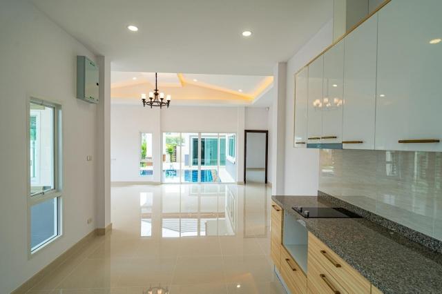 บ้าน-สำหรับ-ขาย-นาจอมเทียน--na-jomtien 20210208130421.jpg